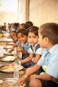 food-for-hungry-children-885871_1920